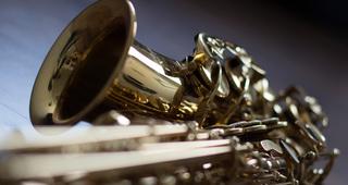 instrument-2643928_1920.jpg